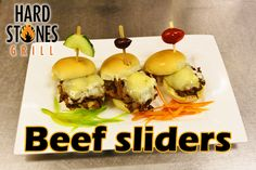 Beef Sliders, Grilled Beef, Hamburger, Grilling, Breakfast, Ethnic Recipes, Food, Morning Coffee, Hamburgers
