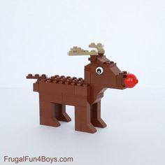 ) Christmas LEGO Projects to Build (With Instructions Five (More!) Christmas LEGO Projects to Build (With InstructionsFive (More!) Christmas LEGO Projects to Build (With Instructions Lego Christmas Ornaments, Lego Christmas Village, Noel Christmas, Lego Activities, Christmas Activities, Christmas Projects, Lego Winter, Lego Disney, Lego Candy