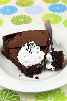 Flourless Chocolate Brownie Cake