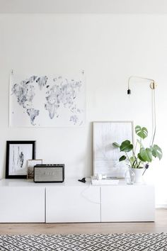 my scandinavian home: A Finnish / Danish style blend in a Helsinki home Living Room Inspiration, Interior Inspiration, Interior Ideas, Interior Styling, Home Decor Styles, Diy Home Decor, Piece A Vivre, Scandinavian Home, Home And Deco