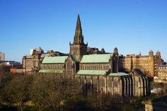 A Scottish New Year's tale: Glasgow and Edinburgh - Backpack Globetrotter Glasgow Cathedral, Barcelona Cathedral, Scottish New Year, Greyfriars Bobby, Heritage Site, Old Town, Edinburgh, United Kingdom, Backpack
