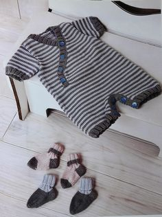 Patrón para tejer un enterito rayado en hilo de algodón (Talle 3 a 6 meses) Knitting For Kids, Baby Knitting Patterns, Knitting Designs, Crochet Patron, Knit Crochet, Baby Boy Fashion, Kids Fashion, Baby Boy Outfits, Kids Outfits