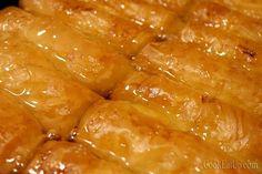 Greek Sweets, Greek Desserts, Greek Recipes, Desert Recipes, Cookbook Recipes, Cooking Recipes, Cyprus Food, Greek Pastries, Desserts With Biscuits