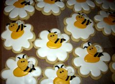 iced sugar cookies with fondant bumblebee...decorating cookies is so not my thing
