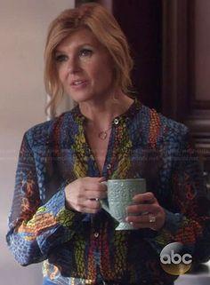Rayna's multicolored snake print blouse on Nashville Nashville Cast, Nashville Outfit, Connie Britton Nashville, Types Of Women, Snake Print, Printed Blouse, Role Models, Alexander Mcqueen, Printer