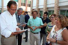 Valcárcel anuncia la construcción de unas nuevas instalaciones educativas