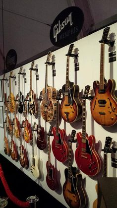 Vintage Guitar always brings possibly the most appealing report on many kinds of vintage musical instruments, the truly amazing companies that developed them.