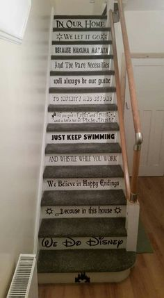 Disney Stairs The Effective Pictures We Offer You About Disney Home Decor diy A quality picture can Casa Disney, Disney Love, Disney Disney, Disney Ideas, Disney Stairs, Deco Harry Potter, Funny Disney Jokes, Disney Theory, Disney Home Decor