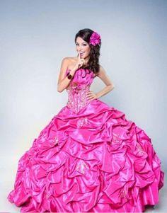 vestidos de quinceañeras modernos 2012