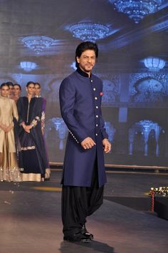 That's what SRK said in an interview. Read on to know what exactly he means. Bollywood superstar Shah Rukh Khan has had a tryst with off-beat films with Maya Memsaab, Swades, Chak De! India, but . Blue Sherwani, Sherwani Groom, Mens Sherwani, Wedding Sherwani, Tuxedos, Wedding Dresses Men Indian, Wedding Dress Men, Wedding Suits, Mens Kurta Designs