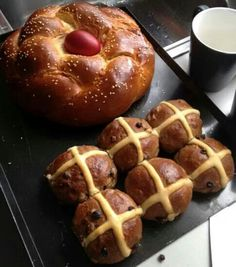 Kozinjak - the Macedonian version of hot cross buns
