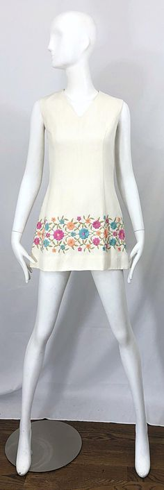 52812d074 1960s Ivory Irish Linen Flower Embroidered Vintage 60s A Line Tunic Mini  Dress For Sale at