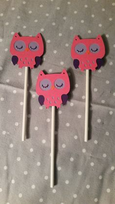 Check out this item in my Etsy shop https://www.etsy.com/listing/220068307/12-owl-cupcake-toppers