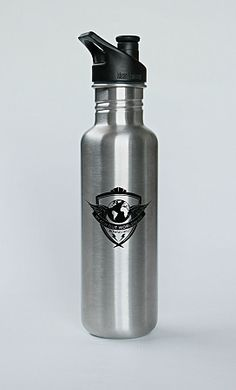 ROWW Good Will Kanteen (27oz Klean Kanteen® Classic) ROWW has partnered with Klean Kanteen® to provide you with a handcrafted solution designed to last a lifetime. Klean Kanteen uses extremely high quality metal that will remain stain and rust resistant for decades. These stainless bottles are designed to be the healthy alternative to polycarbonate and lined-aluminum reusable bottles. This bottle is free of BPA, Phthalates, lead or other toxins.