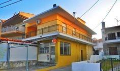Vila Adonis Beach Tim Travel, Mansions, House Styles, Beach, Home Decor, Decoration Home, Manor Houses, The Beach, Room Decor
