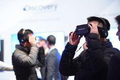 Augmented Reality(AR) vs Virtual Reality(VR)