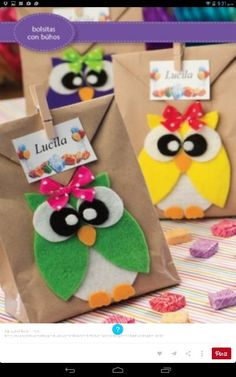 Recuerdos Kids Crafts, Owl Crafts, Diy And Crafts, Paper Crafts, Mickey Y Minnie, Creative Gift Wrapping, School Decorations, First Birthdays, Party Time