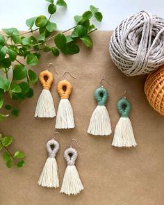 Macrame Earrings, Diy Earrings, Statement Earrings, Tassel Necklace, Diy Keyring, Jewelry Crafts, Handmade Jewelry, Leather Thread, Diy Tassel