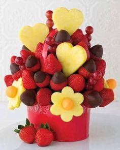 Cesta de frutas com chocolate