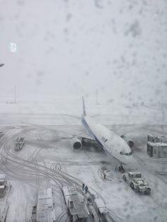 雪の飛行機