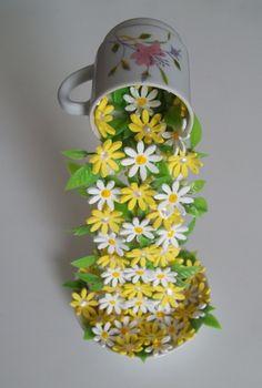 Xícara Decorada Com Flores em Eva