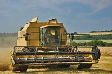 Combine harvester - Wikipedia, the free encyclopedia