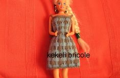 Robe grise et bleue pour poupée Barbie