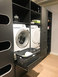 perfect laundry room designs ideas for small space 14 Modern Laundry Rooms, Laundry Room Layouts, Laundry Room Organization, Laundry In Bathroom, Basement Laundry, Laundry Tips, Utility Room Designs, Style At Home, Laundry Room Inspiration