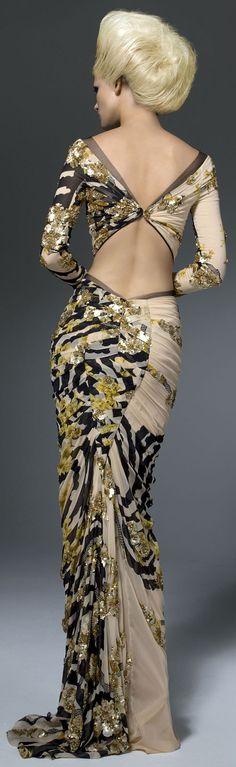 Versace. S)