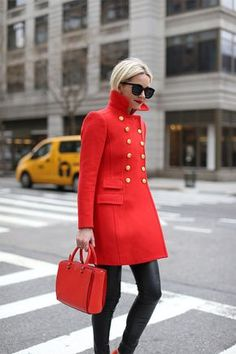 Atlantic-Pacific's Blair Eadie carrying #TheRobinson by Tory Burch