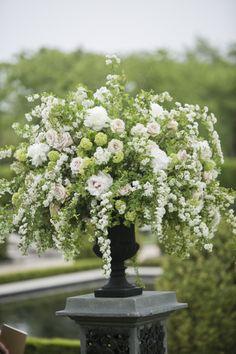 Gorgeous floral details: http://www.stylemepretty.com/new-york-weddings/huntington/2013/10/25/oheka-castle-wedding-from-mel-barlow-dm-events/ | Photography: Mel Barlow - http://www.melbarlowandco.com/