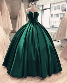 Sexy Sweetheart Ball Gown Prom Dresses Long 2018