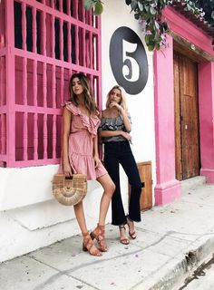 Cartagena, Colombia — Something Beachy Vacation Outfits, Summer Outfits, Moda Aesthetic, High End Fashion, Look Chic, Poses, Warm Weather, Street Style, My Style