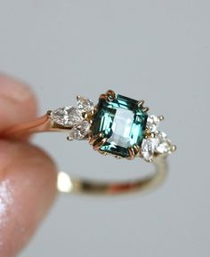 Covet Jewelry CZ Laurel Leaf Crown Design Septum Hoop Ring