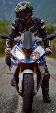 Shared by Motorcycle Fairings - Motocc Bike Bmw, Moto Bike, Bmw Motorcycles, Motorcycle Bike, Motorcycle Quotes, Best Motorbike, Motorcycle Types, Bmw 1000rr, Moto Wallpapers