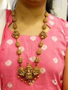 Necklaces / Harams - Gold Jewellery Necklaces / Harams at USD Gold Temple Jewellery, Gold Wedding Jewelry, Gold Jewelry Simple, Jewelry Design Earrings, Gold Jewellery Design, Necklace Designs, Womens Jewelry Rings, Gold Necklace, Bridal Necklace