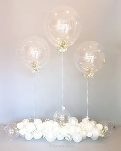 White color: meaning of color and how to use in decoration - Home Fashion Trend Baby Shower Cakes, Baby Shower Themes, Baby Shower Decorations, Wedding Decorations, Cloud Baby Shower Theme, Balloon Clouds, Bubble Balloons, Decoration Communion, Deco Ballon