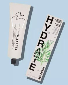 From cleansers to facial masks get the lowdown on the affordable Australian skincare and cosmetics brands best products. Skincare Logo, Skincare Packaging, Cosmetic Packaging, Beauty Packaging, Packaging Design, Product Packaging, Branding, Cosmetic Design, Natural Cosmetics