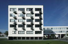 Bâtiment du Bauhaus de Dessau ││Walter Gropius │1925-26