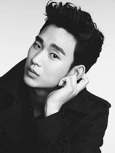 Four Things to Know About Korean Heartthrob Kim Soo Hyun http://www.people.com/article/kim-soo-hyun-four-things-to-know