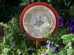 Lovely Flower Plates by Gardenknicknacks on Etsy, $10.00