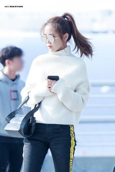 Kpop Girl Groups, Korean Girl Groups, Kpop Girls, Girl Day, My Girl, Apink Naeun, Airport Style, Airport Fashion, Korean Artist