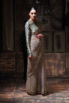 Sabyasachi Mukherjee - Amazon India Couture Week 2015