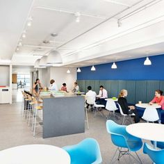 Gensler initially evaluated several buildings for Johns Hopkins Medicine International's new headquarters and subsequently was engaged to execute. Commercial Interior Design, Commercial Interiors, Cafeteria Design, Office Fit Out, Great Place To Work, Lunch Room, Workplace Design, Break Room, Common Area
