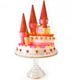 31 BIRTHDAY CAKE DESIGNS ~ Sweet! It'll only look like you slaved over these.