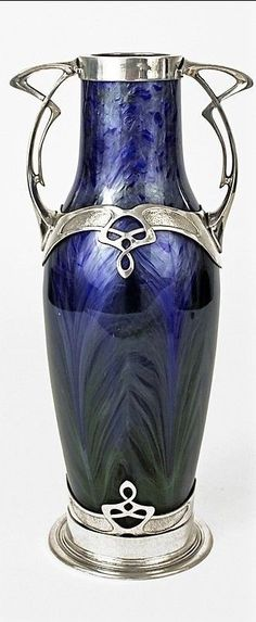 Art nouveau Loetz vase with silverplated armature and cobalt blue glass. Made in Austria Circa: 1905 Canvas Art Projects, Spring Art Projects, Cool Art Projects, Art Nouveau Design, Design Art, Jugendstil Design, Modern Art Deco, Art Auction, Love Art