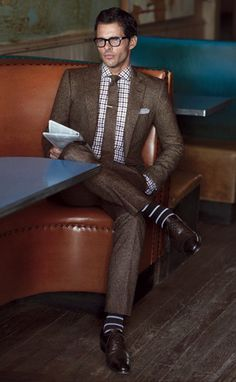 Brown Suit (Look and Feel)