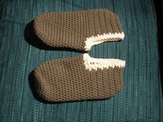 Ravelry: Snow Kissed Slippers pattern by Marlo D. Cairns