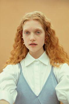 Fashion Copious - Elizabeth Moore by Cihan Öncü for Vogue Turkey July 2016
