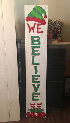 Believe Christmas porch sign – christmas decorations Christmas Wood Crafts, Diy Christmas Decorations Easy, Pallet Christmas, Christmas Signs Wood, Christmas Porch, Outdoor Christmas, Christmas Art, Christmas Projects, Holiday Crafts